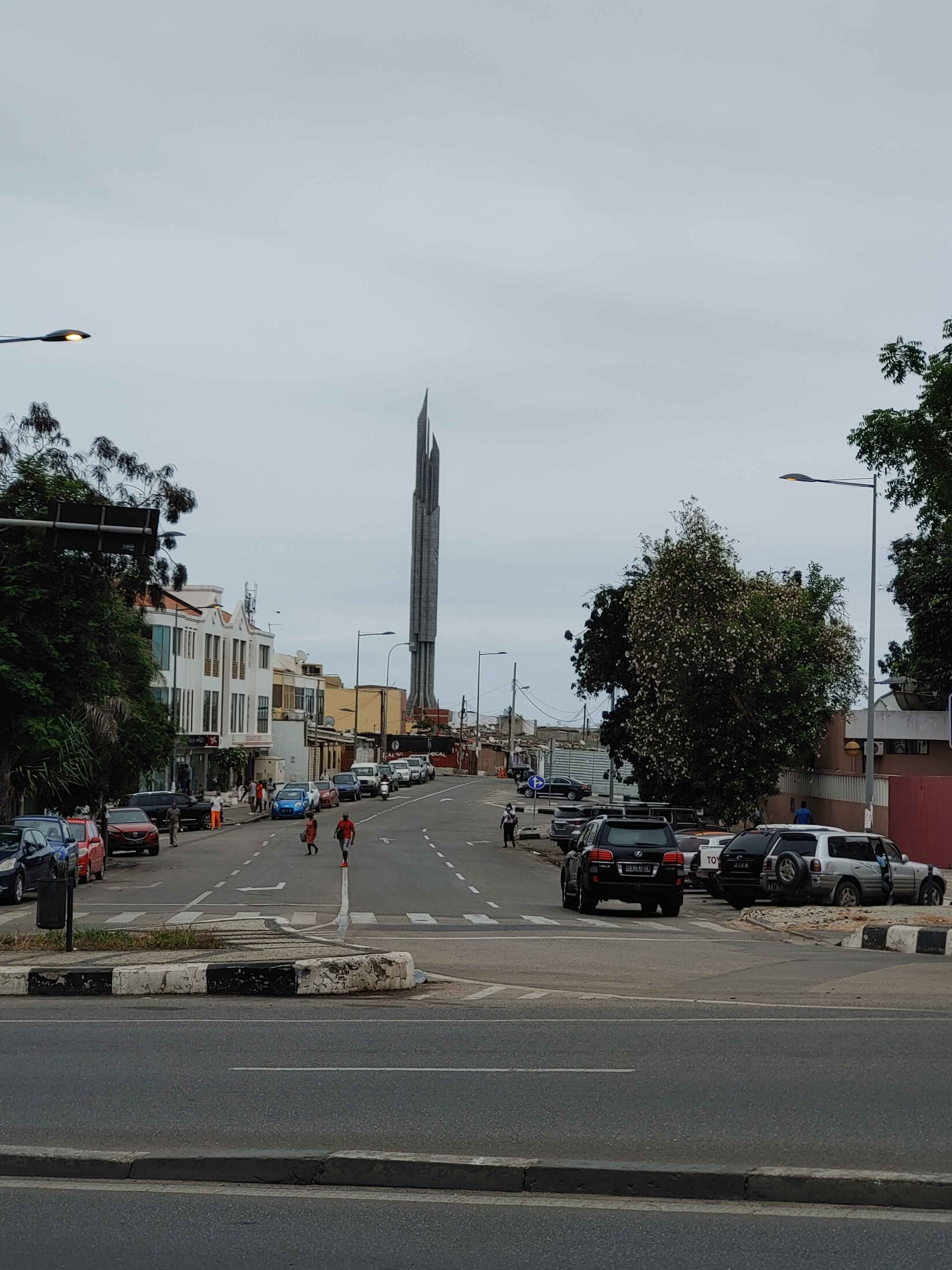 LuandaMonument