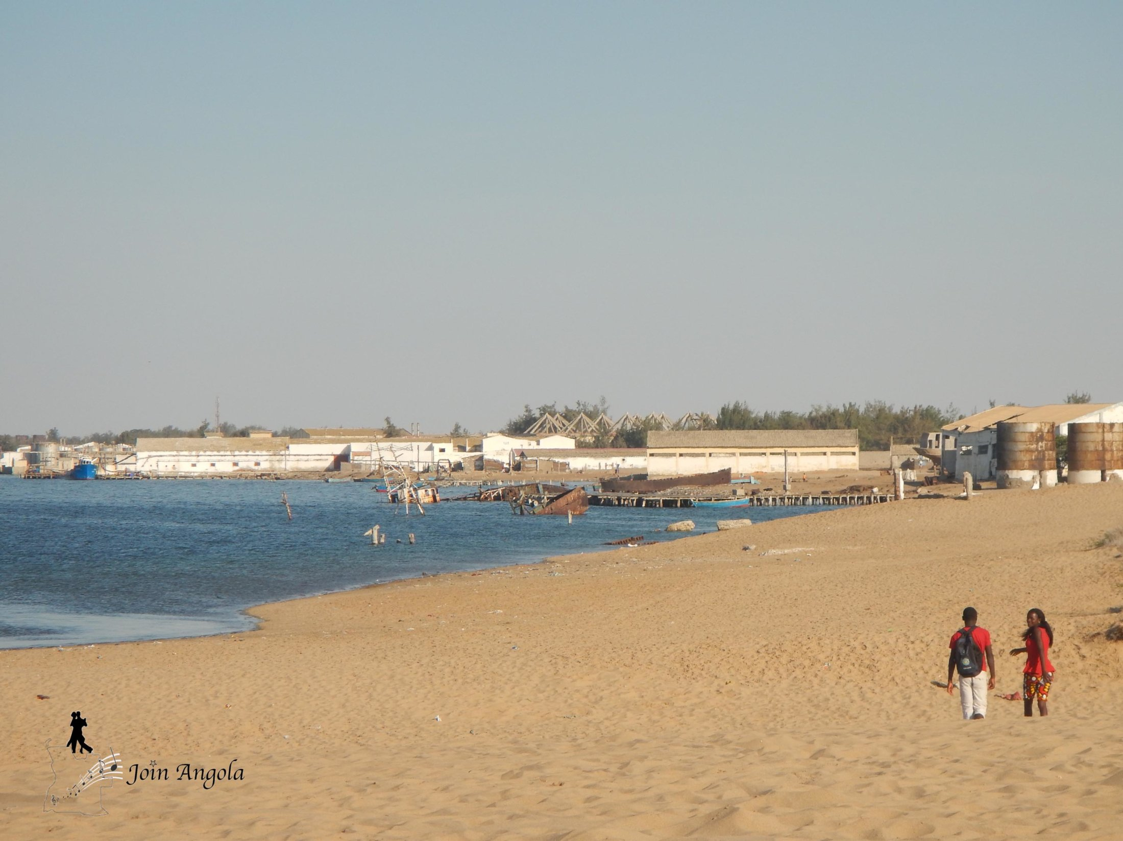 The city of Tombwa is the southern-most settlment of the Angolan coast, surrounded on one side by the ocean and on the other by the Namibian desert that extends to Namibia and the Skeleton coast.