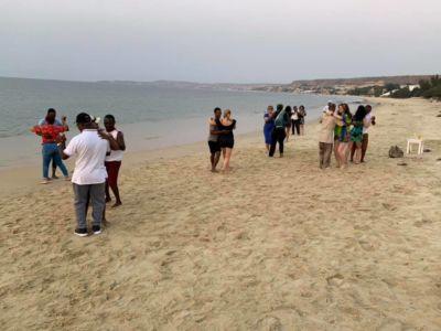 They enjoyed more Kizomba/Semba at the beach with Turma do Básico.